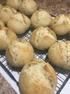 Petits pains au lait au levain à la vanille